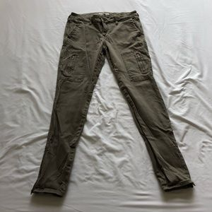 Army green skinny Jeans from Banana Republic!